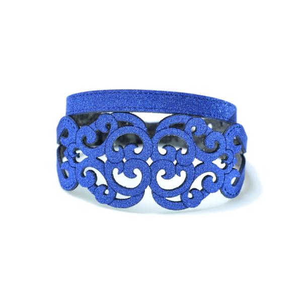 Bracciale in tessuto metallizzato colore blu con chiusura in argento 925%.100% made in Italy