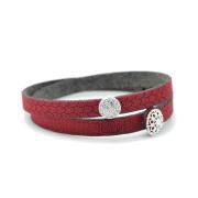 Bracciale in tessuto colore bordeaux con charms in argento 925% e zirconi bianchi.100% made in Italy