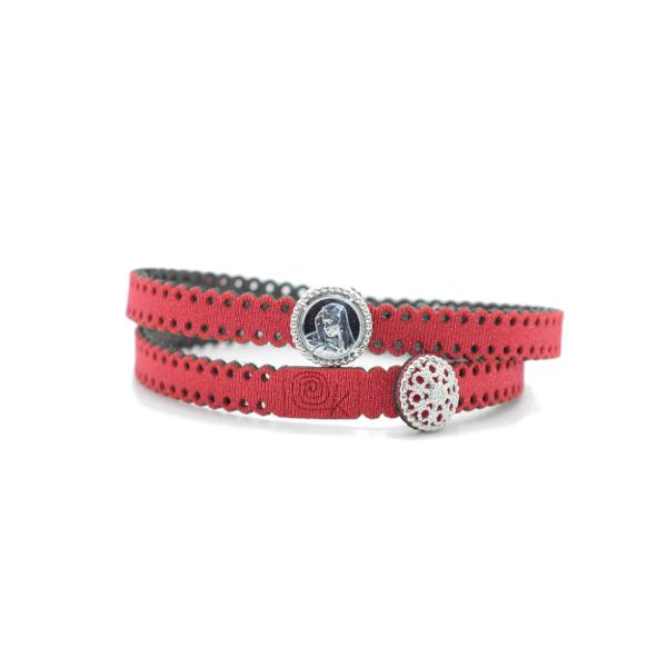 Braccialetto Madre Divina in tessuto colore Rosso con chiusura e charms in Argento 925%